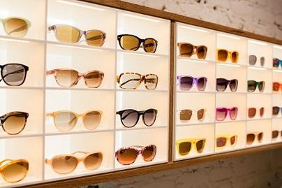 日本のメガネ小売業者・JINSの<br />アメリカ市場進出